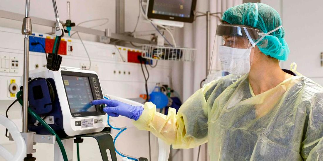 Nearly 300 in ICUs across Quebec and Ontario