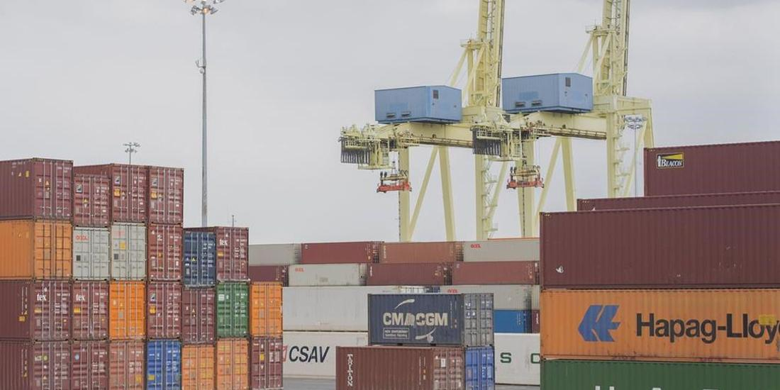 Federal Liberals back employer in Montreal docks bargaining dispute
