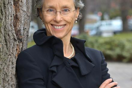 For Immediate Release: Former Environmental Commissioner of Ontario to join Ecology Ottawa's online Hold the Line rally