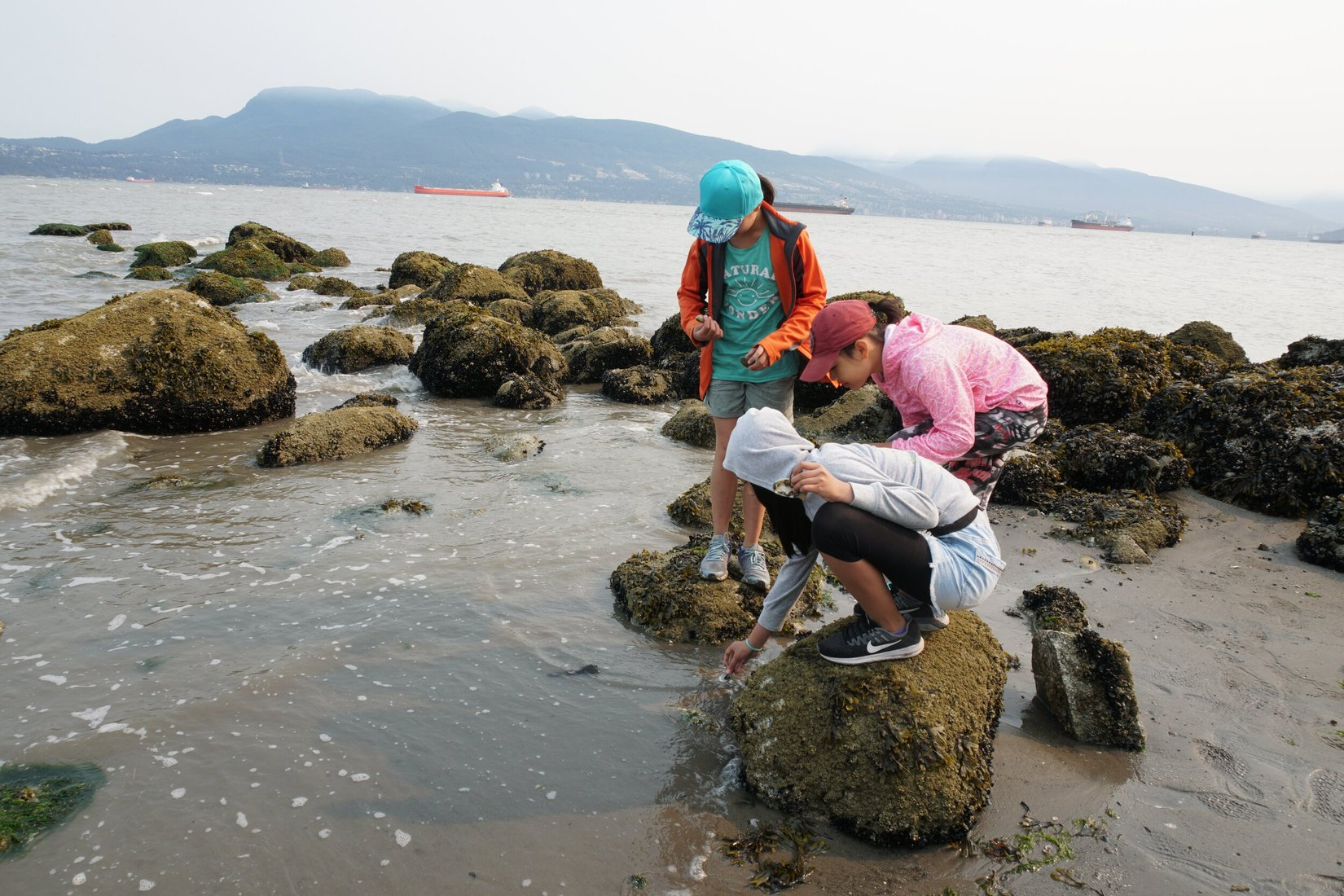 kids_taking_caring_of_the_ocean__Sea_Smart_-_POC_Blog_Post.jpeg