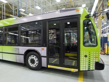 Ottawa Citizen: Transpo zaps bid for electric bus trial in Ottawa