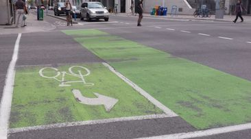 Scrap Laurier bike lane for safer route, councillor suggests