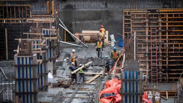 Construction noise keeping you up at night? 2 Toronto councillors want province to knock it off