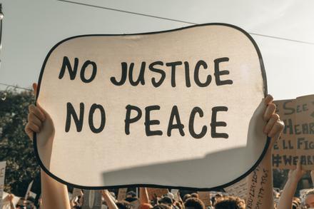 La justice pour toutes et tous
