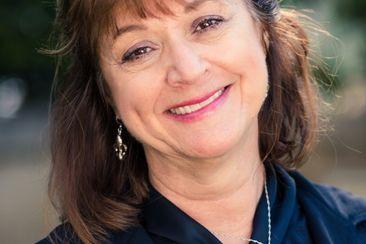 Dr. Mimi Haddad