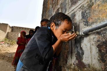 Yemenis return to normal despite coronavirus concerns