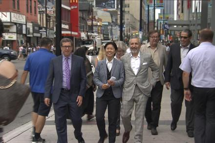Toronto studying how to make Yonge Street pedestrian-friendly